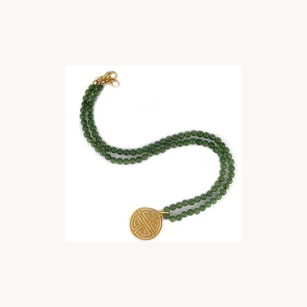 Jadehalskæde med Shou symbol
